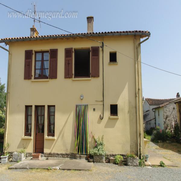 Offres de vente Maison Azay-le-Brûlé 79400