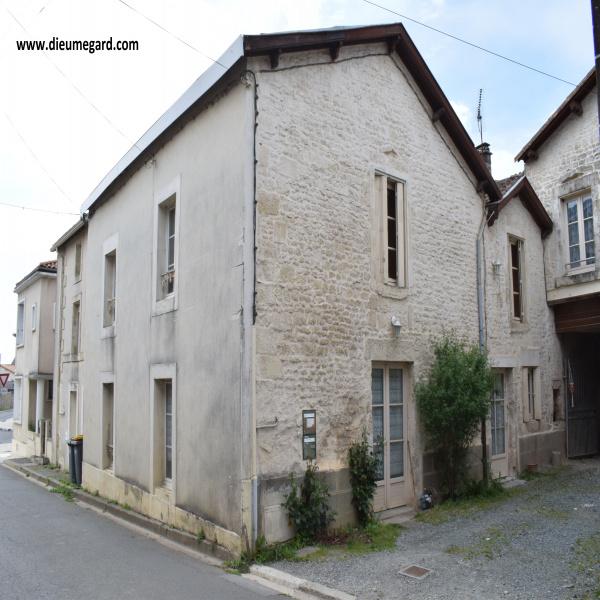 Offres de location Appartement Cherveux 79410